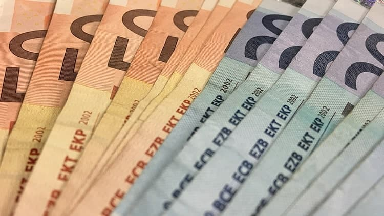 Как не попасться на крючок денежных аферистов